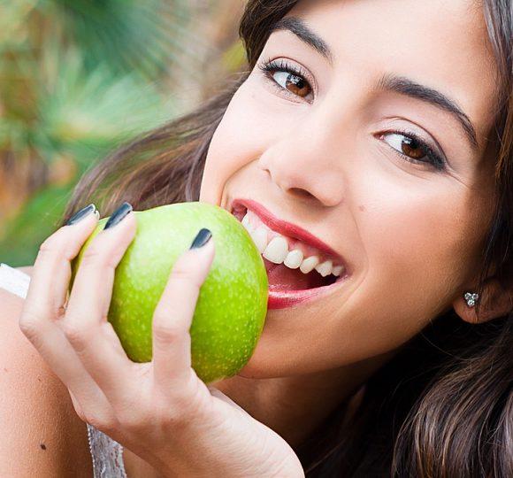 Правильне харчування — здорові зуби