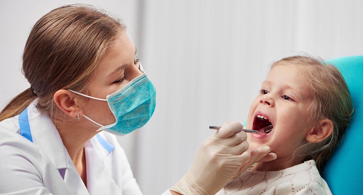 Лечение постоянных зубов у детей
